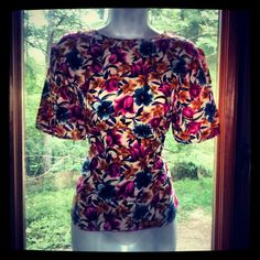 profoundly ugly / awesome silk floral top.