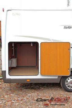 Markiza zewnętrzna Fiamma F45s 4,0 m  Bagażnik tylny  Luki bagażowe – pod tylnim łóżkiem  Bagażnik na 3 rowery  Luk na butle gazowe – 2×11 Kg http://www.cargo-group.pl/pilote-g740/