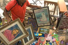 Shopping of old prints at the flea market in Baroda!