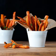 Baked Carrot Fries by kimhealthyeats: So much healthier and completely guilt free! #Carrot_Fires #Healthy