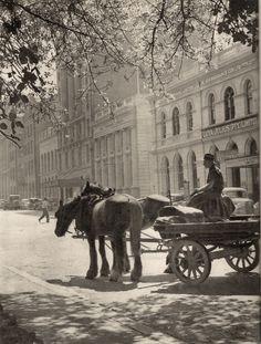Early morning delivery in Eagle Street, Brisbane, ca. Brisbane Gold Coast, Brisbane City, Melbourne, Sydney, Antique Photos, Old Photos, Vintage Photos, Queensland Australia, Western Australia