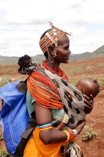 Partners for Care - A mother carrying a water pack and her baby African Babies, African Women, African Life, Afro, Madonna And Child, Black Women Art, African Culture, Happy Baby, African Beauty