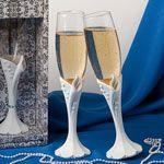 Calla lily design toasting flutes