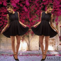 Love this picture of our model Louise. Buy the Swing to the Beat Dress now on www.masse.com.au for $62 #flowers #dress #model Store, Flowers, Model, Stuff To Buy, Black, Dresses, Fashion, Mathematical Model, Gowns