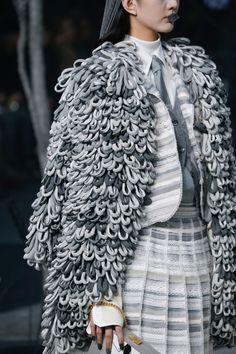 Thom Browne Fall 2017 Ready-to-Wear Fashion Show Details Knit Fashion, Fashion Show, Fashion Outfits, Couture Details, Fashion Project, Thom Browne, Knit Jacket, Contemporary Fashion, Donna Karan