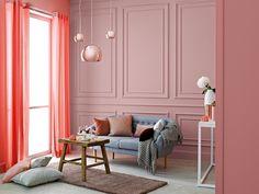 Zauroczenie pastelowymi odcieniami jest pierwszym krokiem do wykreowania szykownego wnętrza. Delikatne i kobiece roże, urozmaicone kremowymi dodatkami i zwiewnymi tkaninami, mogą stać się odskocznią od codzienności i wprowadzić do życia nutkę fascynacji. / Tikkurila Color Now - paleta INTENSE (czerwienie)