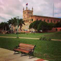 Palacio de López, visto desde la costanera dé Asunción