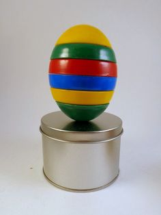 Magnetic Egg Toy 1977 Chadwick  Made in Hong Kong by cookiebabe, $14.95