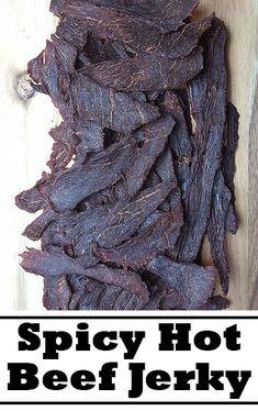 What pepper is used in spicy beef jerky seasoning?