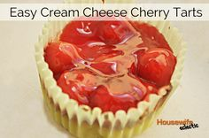 so easy and delicious Cherry Delight, Cherry Tart, Dessert Recipes, Desserts, Dessert Ideas, What To Cook, Food To Make, Cooking Recipes, What's Cooking