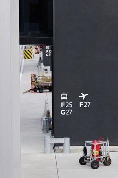 KR_120621_IRB_Airport_Vienna_0404