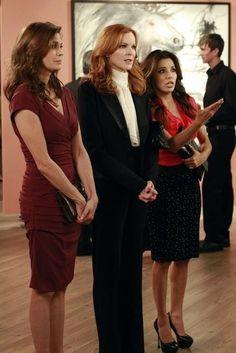 Teri Hatcher, Marcia Cross and Eva Longoria in Desperate Housewives