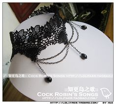 Robin Song Gothic Choker must have