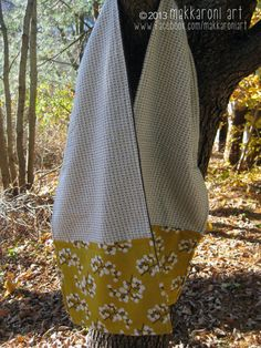 handcrafted goodness: quilts, bags, pillows and more! by makkaroniart Butterfly Scarf, Fleece Scarf, Handmade Scarves, Projects To Try, Grey, Cotton, Wool Scarf, Gray