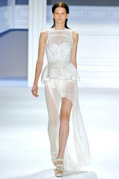 Vera Wang Spring 2012 Ready-to-Wear Fashion Show - Katlin Aas