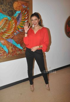 Sushmita Sen at an Art Exhibition by Seema Kohli. #Bollywood #Fashion #Style #Beauty #Hot