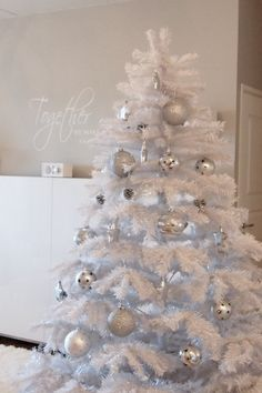White Christmas Trees, Christmas Crafts, Xmas Decorations, Winter Wonderland, Girly, Holiday Decor, Holidays, Home Decor, Art
