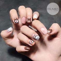 Brown bear and Cony rabbit ❤️ TTL Gorgeous Nails, Love Nails, My Nails, How To Do Nails, Cute Nail Art, Gel Nail Art, Nail Manicure, Pink Nail Art, Animal Nail Art