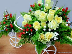rosas-con-brillos-flores-hermosas-glitters-corazonesmimosones-96.gif (600×450)