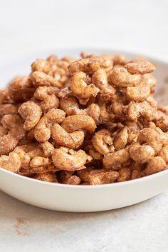 Recipe: Vanilla Cashew Clusters - Recipe: Vanilla Cashew Clusters — Healthy Snack Recipes - Cashew Recipes, Dog Food Recipes, Snack Recipes, Cooking Recipes, Easy Recipes, Zuchinni Recipes, Vanilla Recipes, Sweets Recipes, Cooking Tips