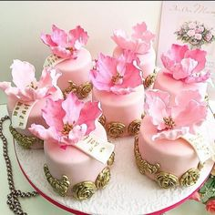 Gorgeous Mini Cakes - Cake by Shafaq's Bake House - each one of these mini cakes topped with peony. The subtle shade of pink with gold makes it look prettiest of all. Gorgeous Cakes, Pretty Cakes, Amazing Cakes, Mini Wedding Cakes, Wedding Cupcakes, Dessert Wedding, Fancy Cakes, Mini Cakes, Small Cake