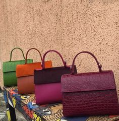 Africa, Gift Wrapping, How To Make, Gifts, Bags, Fashion, Paper Wrapping, Handbags, Moda