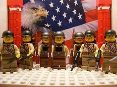 7x LEGO WWII U.S. Soldiers 3x 29th Infantrymen, 4x 1st Infantrymen, backpacks +
