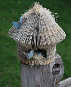 Folded Book Art Tutorials — Birdhouse Tutorial MIT AUSSCHNEIDEN des Eingangloches! halbrund??