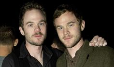 Shawn and Aaron Ashmore twins.  I was amazed to see this guy working in so many shows.  Ohhhh... There's two of 'em!!  My mind is blown.  Aaron on Smallville and Warehouse 13 and Shawn on X-men and The Following.