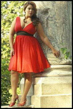 Fashionista: Valentines Plus Size - so typical of my Grecian style designs
