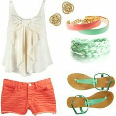 Love the color combination of coral and mint!! <3 the tank top is soooo pretty!