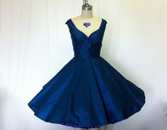 totally vintage... can be made in ANY colour WITH pockets!!!