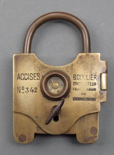 This is an interesting French seal padlock. It is an older version of one that I possess. It would have been nice to add this one to the co. Old Door Knobs, Door Knobs And Knockers, Antique Keys, Vintage Keys, Antique Safe, Skeleton Key Lock, Safe Door, Smart Door Locks, Cool Lock