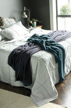 crellini noma eggshell bedspread