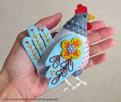 mmmcrafts: say bonjour to my leetle friend