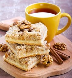 forrás: Cake Recipes, Dessert Recipes, Romanian Food, Food Cakes, Plant Based Recipes, Vegan Desserts, Apple Pie, Ale, French Toast