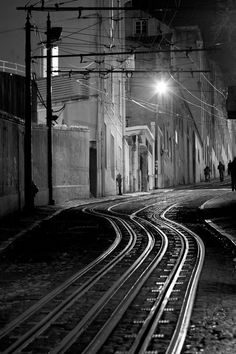 Lisbon funicular railway Photo by Ander Aguirre — National Geographic Your Shot