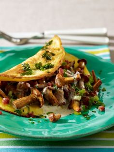 Omelett mit Pfifferlingfüllung