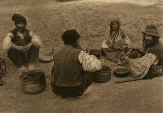 052. Tigani Romania People, Costumes, Painting, Inspiration, Communism, Arya, Heart, Pictures, Leipzig