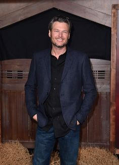"Blake Shelton Photos - Singer Blake Shelton attends the premiere of Netflix's ""The Ridiculous 6"" at AMC Universal City Walk on November 30, 2015 in Universal City, California. - Premiere of Netflix's 'The Ridiculous 6' - Arrivals"