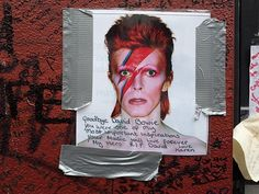 The last days of the David Bowie fan tributes in Brixton, 30th March 2016