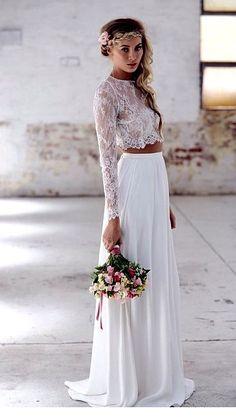 New wedding boho chic dress crop tops 56 ideas Disney Wedding Dress, Boho Chic Wedding Dress, Two Piece Wedding Dress, Trendy Wedding, Boho Dress, Wedding Dress Crop Top, Bridal Dresses, Wedding Gowns, Lace Wedding