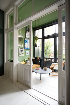 Browse pictures of sunroom styles and style. Discover ideas for your 4 periods area addition, including motivation for sunroom decorating and also layouts. Sunroom Decorating, Interior Decorating, Home Renovation, Interior Design Kitchen, Interior And Exterior, Küchen Design, House Design, Wood Design, Relaxation Room