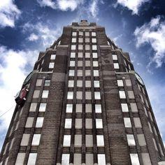 Buffalo Central Terminal, Buffalo, New York Buffalo Central Terminal, Architecture Tumblr, Bad Picture, New York Photos, Canon Powershot, Skyscraper, Cool Pictures, Restoration, Art Deco
