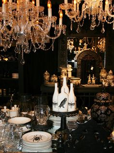 table settings, halloween parties, halloween dinner, gothic halloween, dinner parties