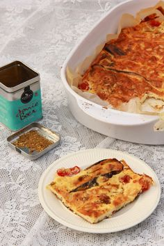 Aubergine met kwark & zatar van ottolenghi ( plenty more) Breakfast Bars Healthy, Healthy Breakfast Casserole, Breakfast Quiche, Healthy Milk, Healthy Yogurt, Healthy Food, A Food, Good Food, Food And Drink