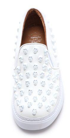 Jeffrey Campbell Alva Skull Stud Sneakers Someone buy meee. Look Fashion, Trendy Fashion, Lolita Fashion, Cute Shoes, Me Too Shoes, Skull Shoes, Studded Sneakers, Skull Fashion, Mode Outfits