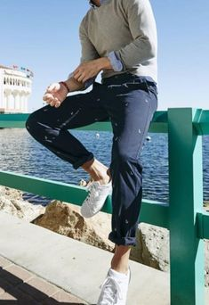 NEW Men's Alpha Slim Fit All Seasons Tech Khaki Stretch Pants Traditional naval motifs, like the anchors on these Dockers chinos, will give your Spring ensembles a stylish look inspired by the Deep Blue Sea — translation: major cool points. Mode Masculine, Mens College Fashion, Boys Fashion Style, Classic Mens Fashion, Classic Mens Style, Mens Fashion Outfits, Teen Boy Style, Fashion Ideas, Fashion Vest