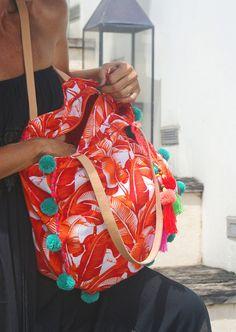 Pompón bolsa playa pompón bolsa de bolsa/fin de semana/verano Boho Sandals, Orange Leaf, Yoga Bag, Beach Tote Bags, Handmade Bags, Vera Bradley Backpack, Casual Chic, Beachwear, Kimono