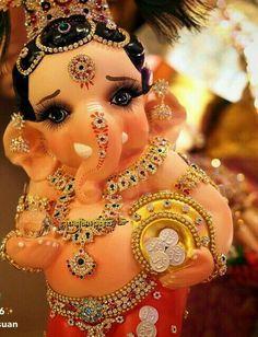Ganpati Bappa So Cute!!